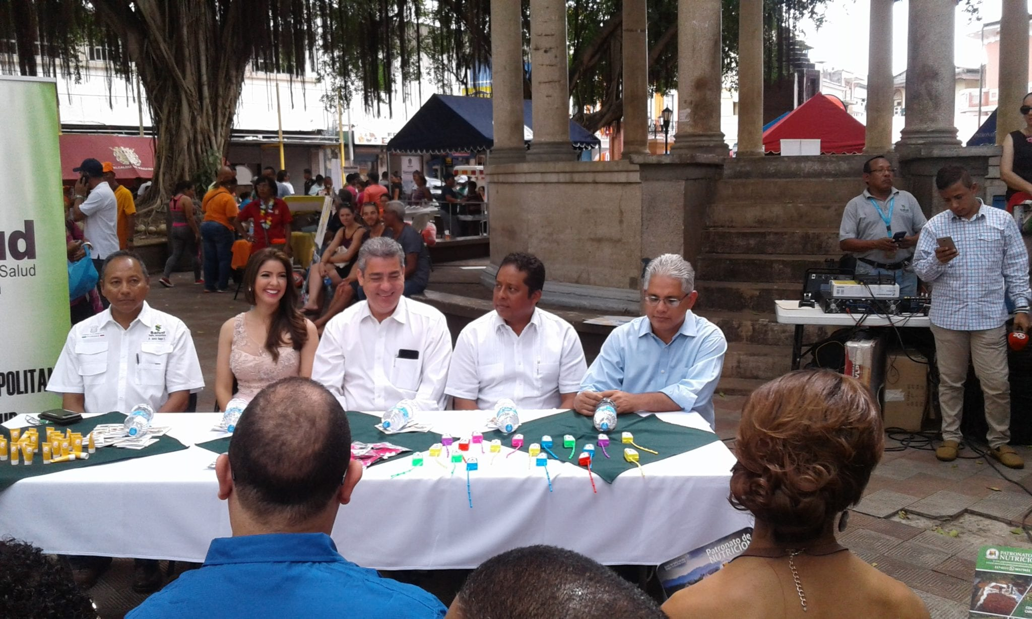 """Feria MINSA """" Lanzamiento de verano seguro y saludable"""""""